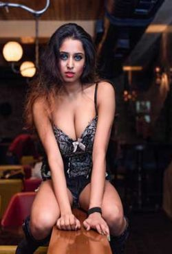 Elliana Mumbai Escort girls
